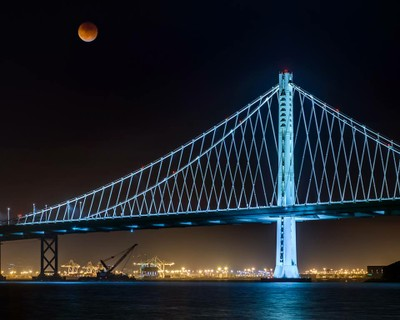 Super Blood Moon over the Bay Bridge