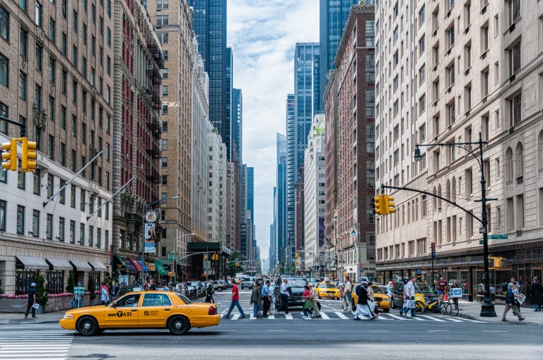 NYC_Street_Scene_052220A