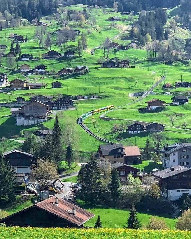 Grindelwald_Switzerland_021721A