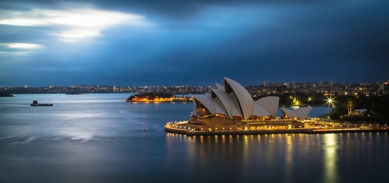 Sydney_Harbor_Bridge_Photologic_100720A