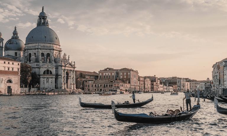 Venice_Italy_Walks_100120A