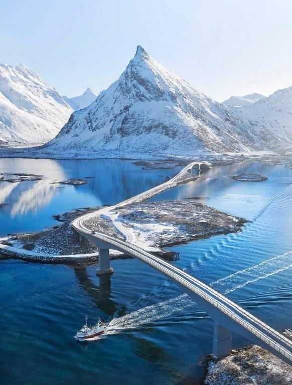 LOFOTEN_NORWAY_120320A