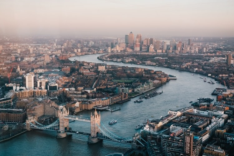London_United Kingdom_Benjamin Davies_102920A