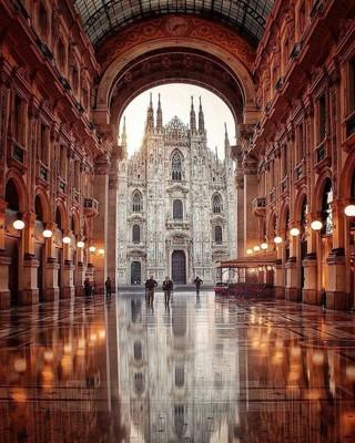 Milano_Italy_112520A
